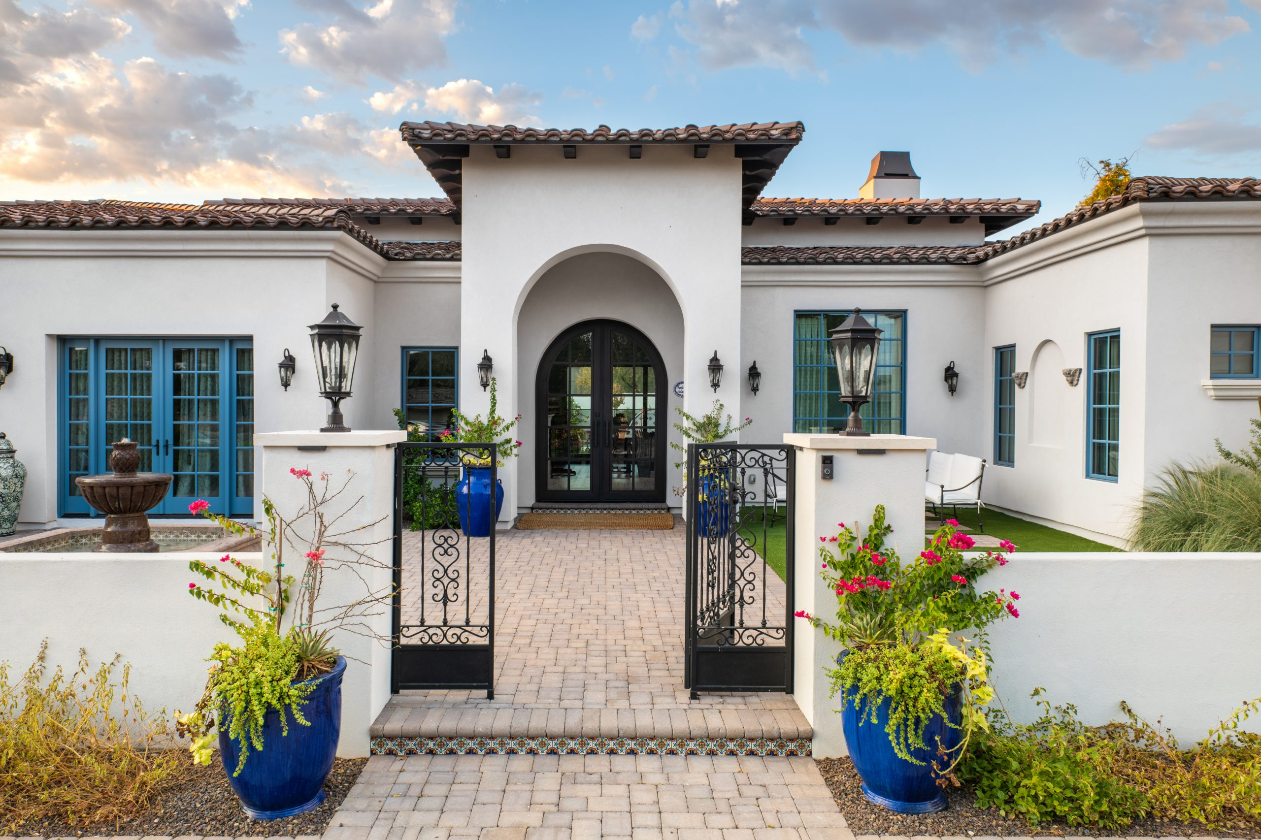 San Juan Estate Front Yard