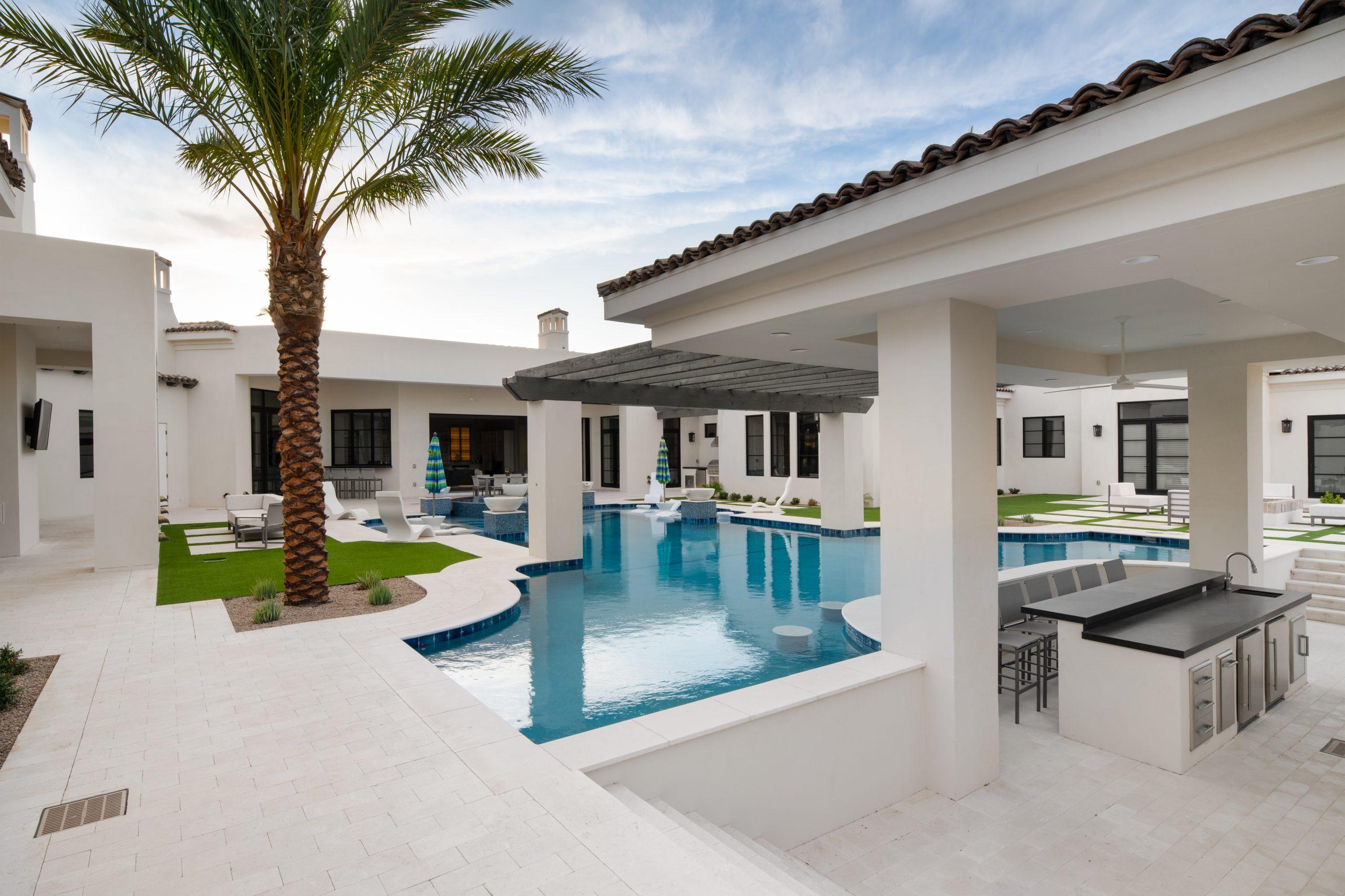 Sapphire Estate Backyard