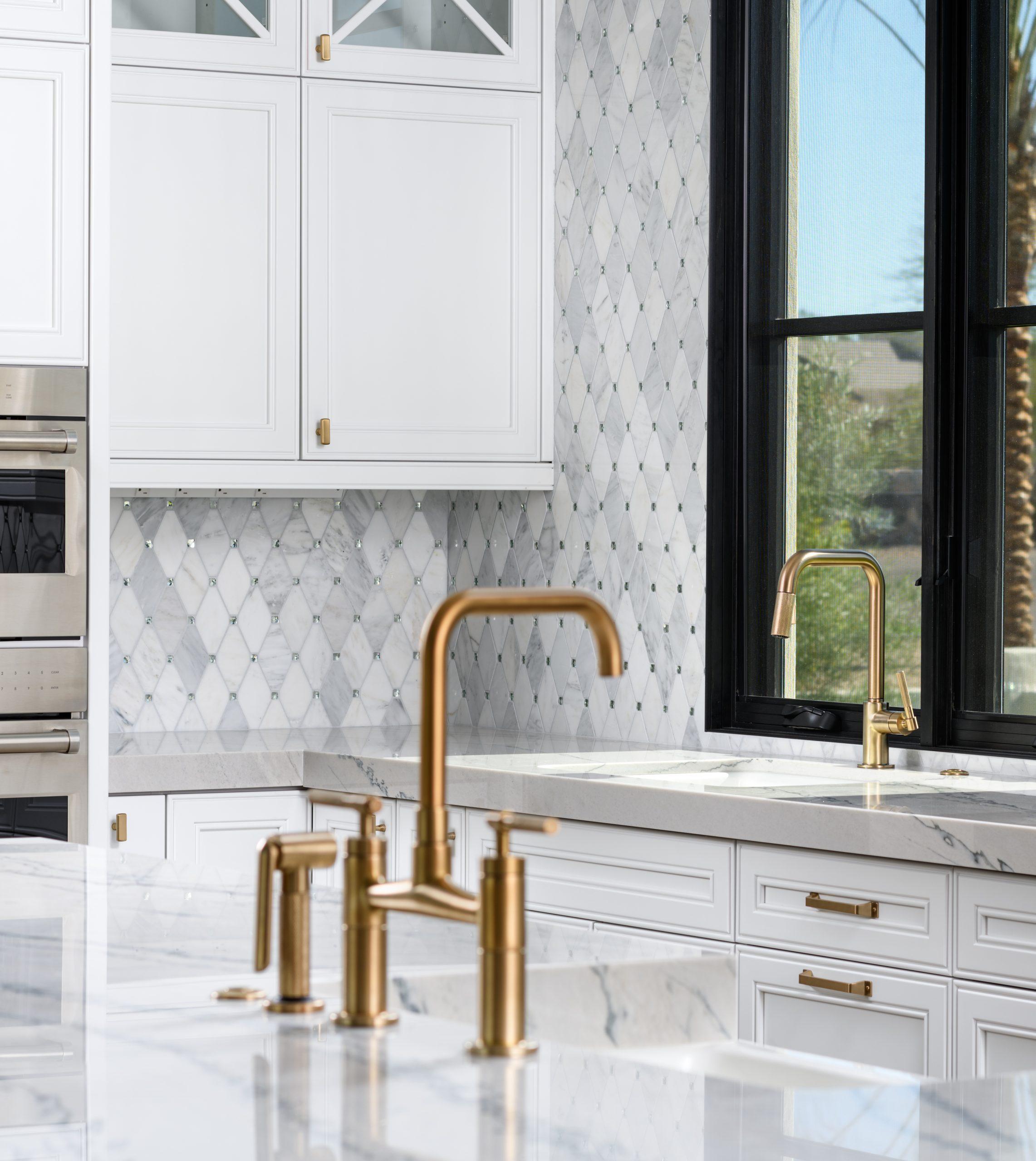 Sapphire Estate Kitchen