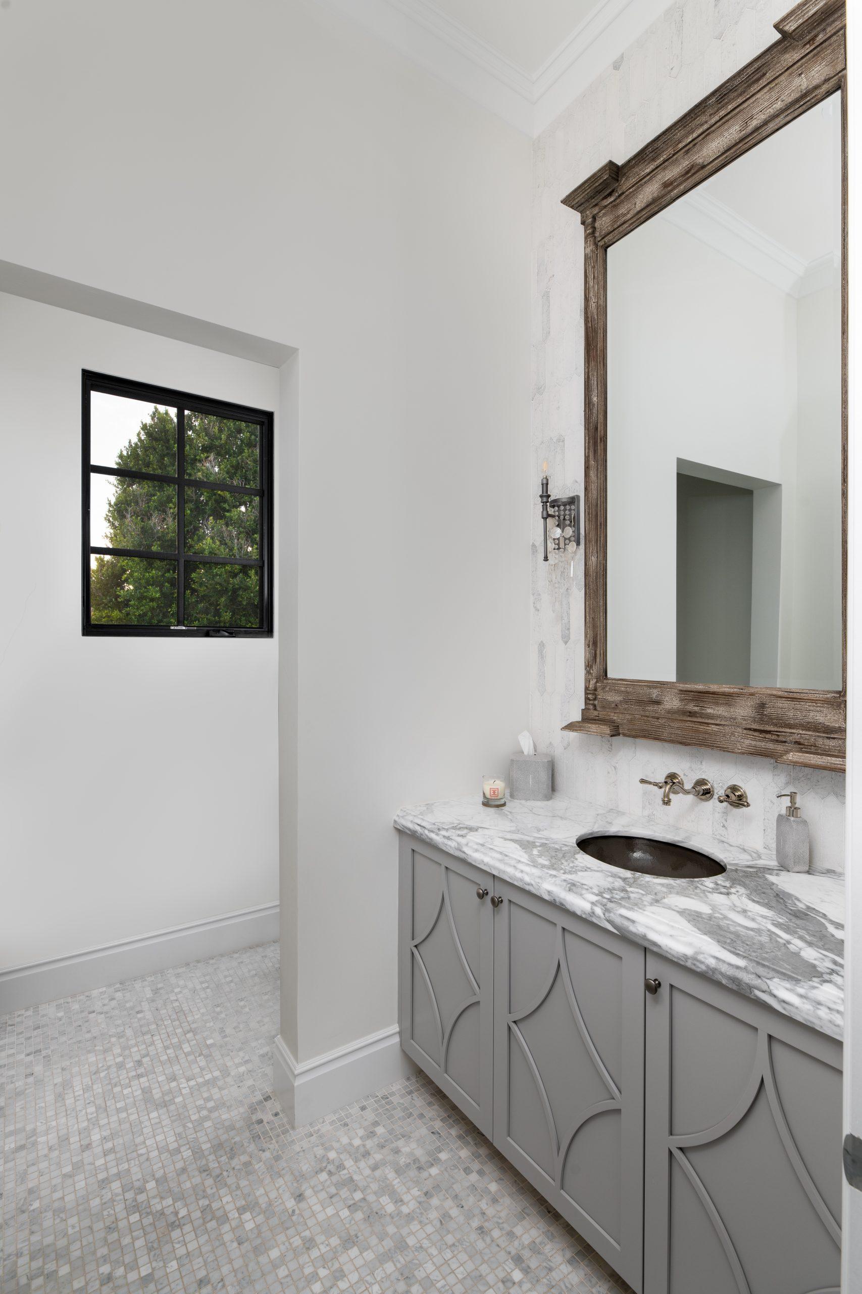 Orchid Estate Guest Bathroom