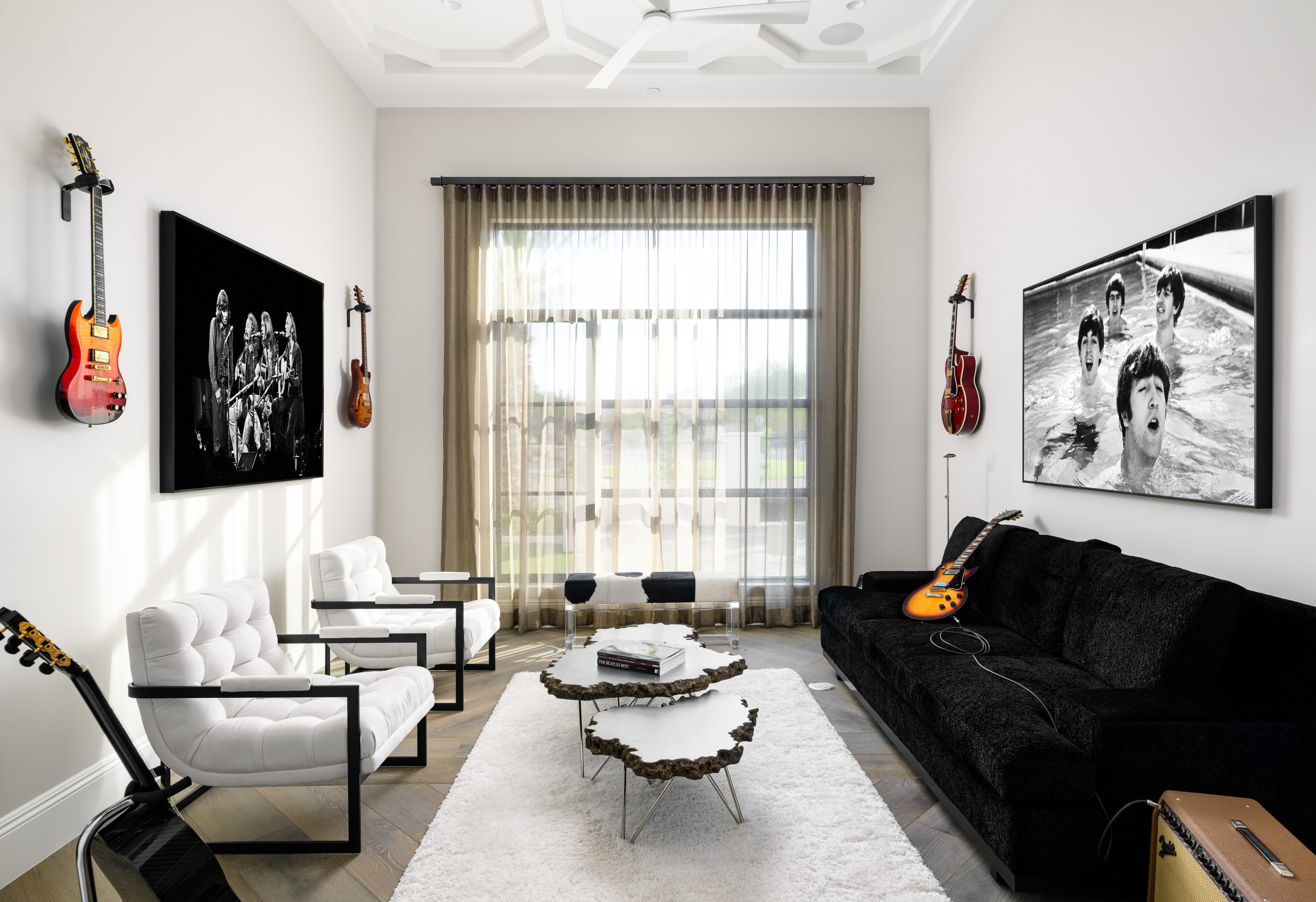 Sapphire Estate Music Room